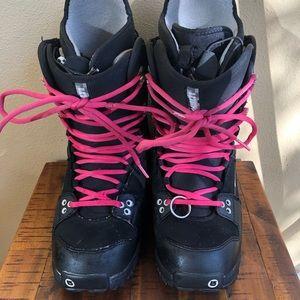 ⬇️ Burton Snowboard Boots - Women's Size 10